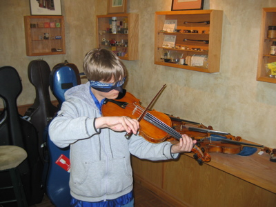 Student Blindfold Violin Test